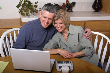 Äldre par lånar online